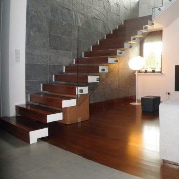 schody samonośne 36
