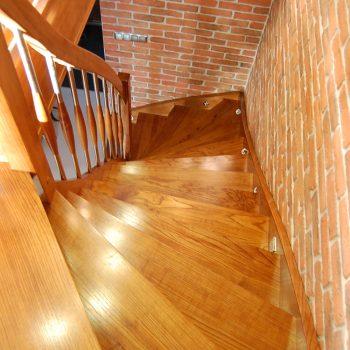 schody samonośne 10