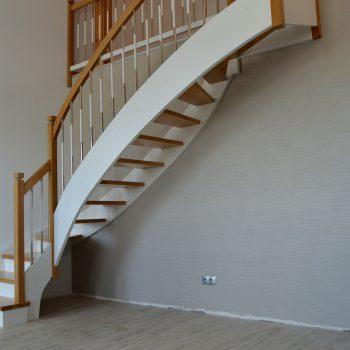schody samonośne 45